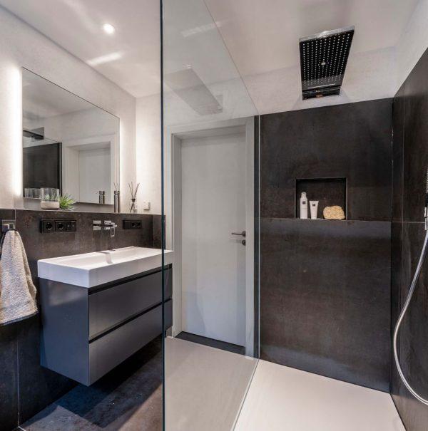 Komplettbadsanierung Wanne gegen große Dusche mit Kalkputz und Aqua Clean in Nieder-Olm 017